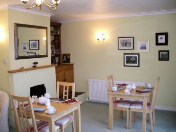 Prices for accommodation in Gairloch View Guest House, NW Highlands of Scotland, together with details of meals.